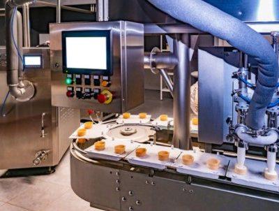 食品工場プラスチック混入防止